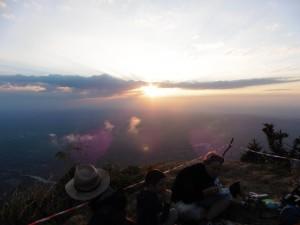 balade aux flambeaux - coucher de soleil